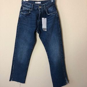 🆕 ZARA High Waisted w/ Slits Straight Leg Jeans